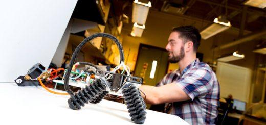На 3D-принтере напечатали робота