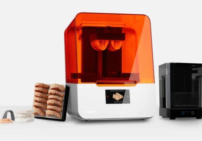 Form 3b – принтер для печати стоматологических протезов