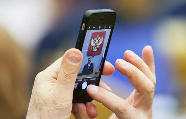 Все гаджеты будут продаваться в России с российским ПО!