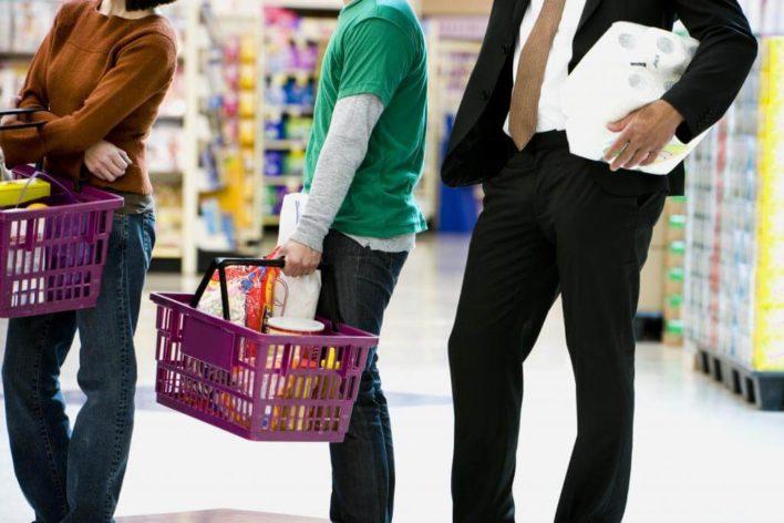 Ростех решил победить очереди в магазинах