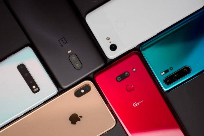 Топ-5 бюджетных смартфонов 2019 года с ценой до 12 000 руб.