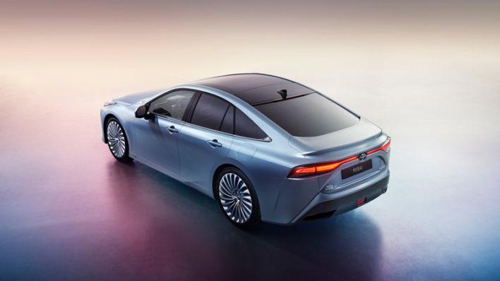 Toyota готовит к выпуску серийный авто с водородным двигателем