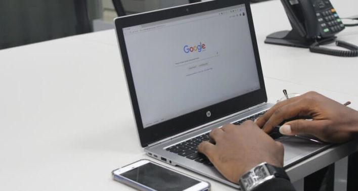 Поиск Google начал обманывать пользователей