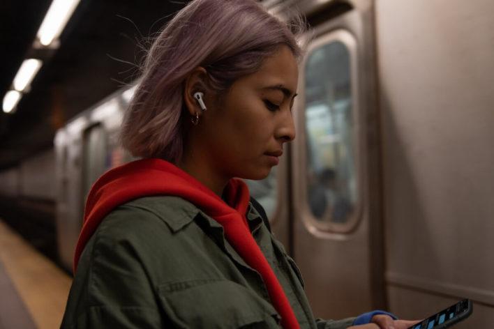 AirPods, как новый способ общения, или цифровая шпаргалка