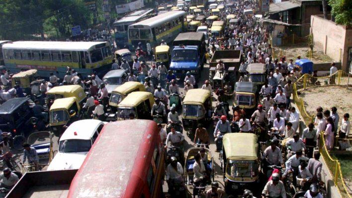 Власти индийского города отучили водителей «сигналить»