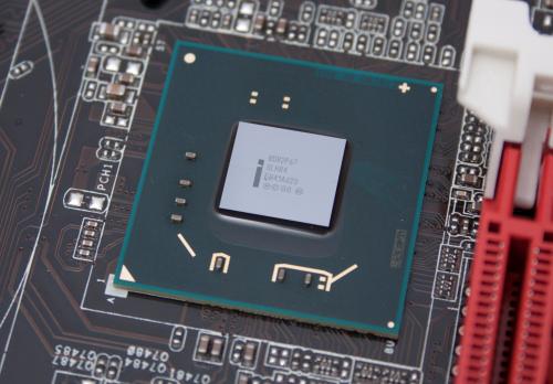 Intel допускает ошибку в чипсетах H67 и P67