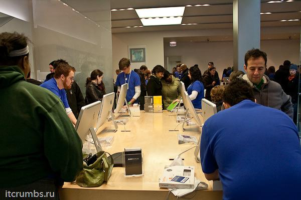 Начало продаж iPad 2 в США