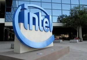 Американская компания Интел анонсировала выход самой ожидаемой новинки сезона - процессора Atom Z670, более известного по кодовому имени - Oak Trail.