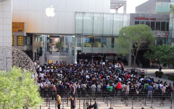 Премьера iPad 2 в Пекине – огромные очереди и полная распродажа за 4 часа
