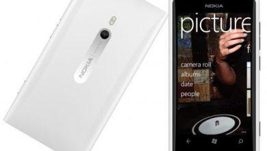 Белая Nokia Lumia 800