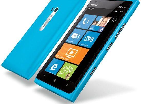 Nokia Lumia 900 бьет рекорды продаж