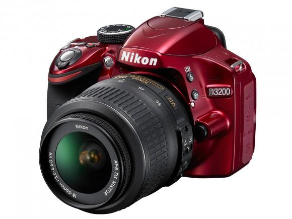 Вышел Nikon D3200