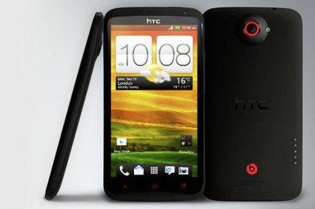HTC обновила флагманский One X+