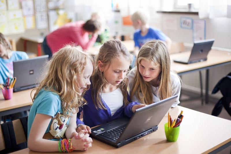 Техника в пользу образованию