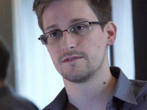 фильма о Эдворде Сноудене