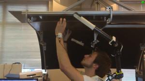 разработала пару роботизированных рук