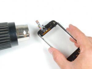Как поменять стекло на iPhone 5, 5s или 5c (3)