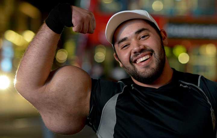 Как увеличить мышцы в фотошопе онлайн или CS6