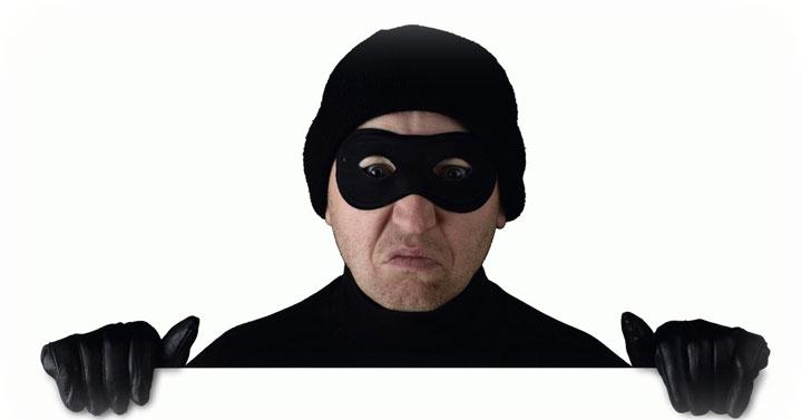ООО «ТехноДрайв» подозревается в мошенничестве.