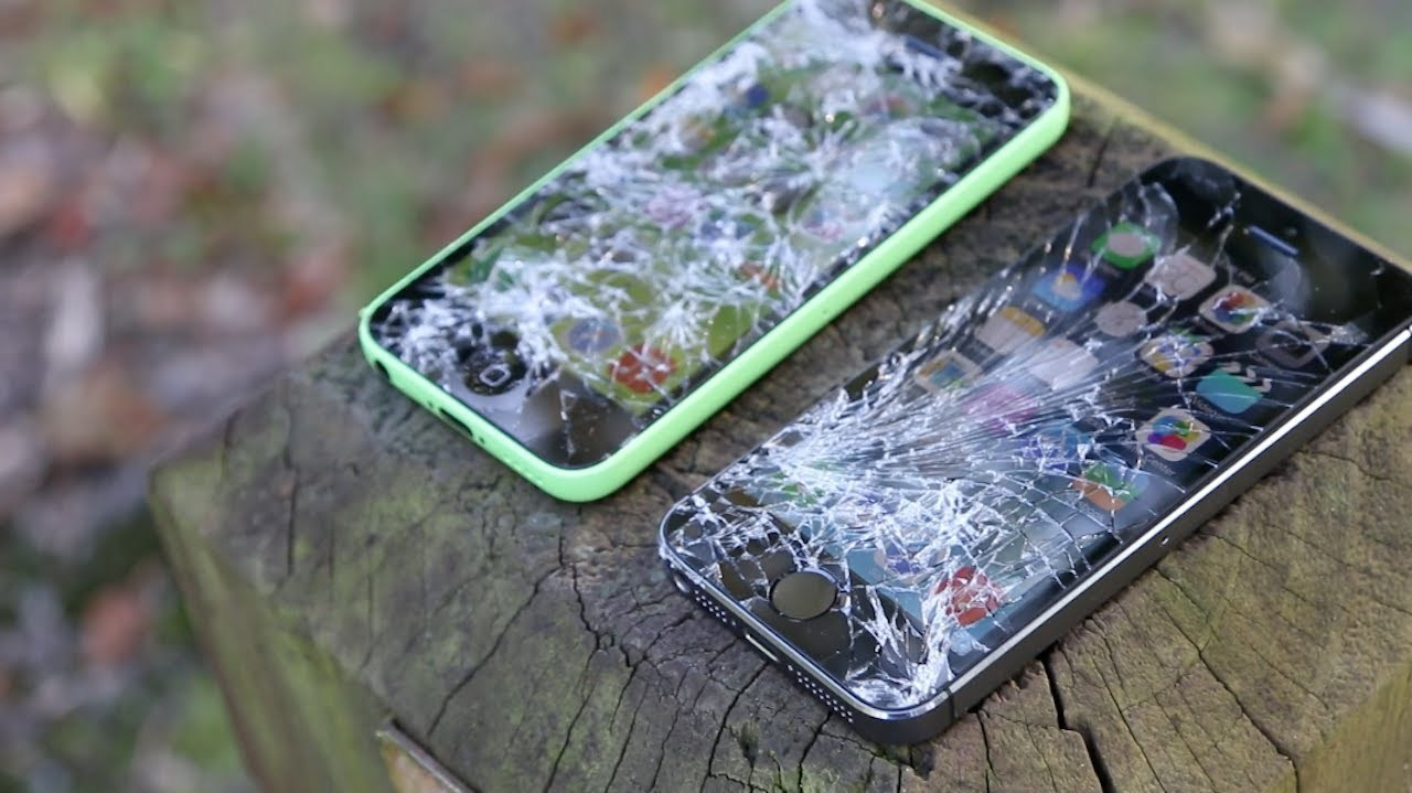 В компании Apple придумали способ защиты iPhone от механических повреждений.