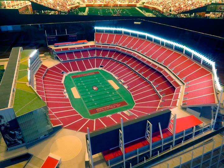 Беспроводной стадион SantaClara Stadium.