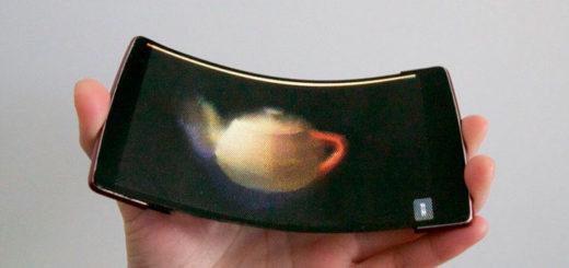 Первый гибкий смартфон с голографическим 3D-экраном