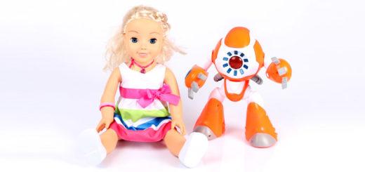 Куклы Friend Cayla и i-Que
