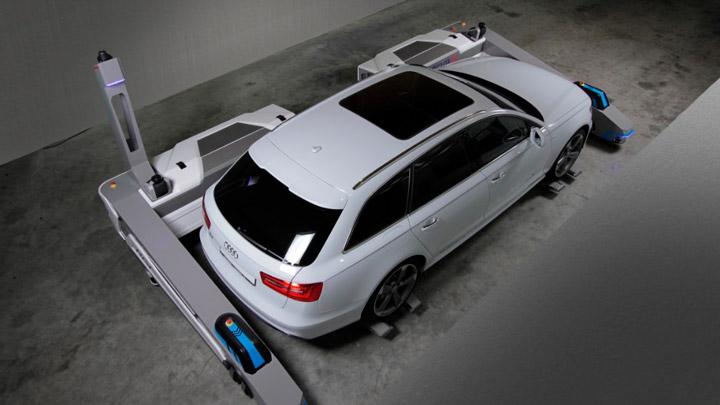 Робот-парковщик от французских разработчиков (видео)