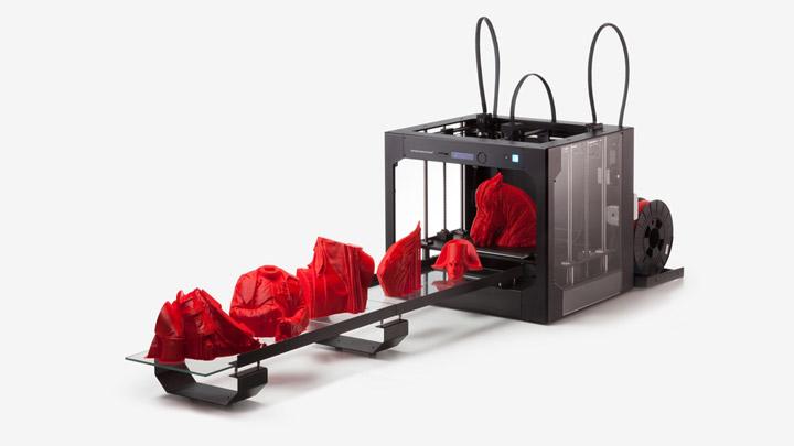 Созданн конвейерный 3D принтер для серийного производства