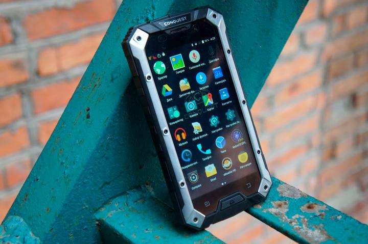 Conquest S6 Pro – премиальный функционал в корпусе «внедорожника»