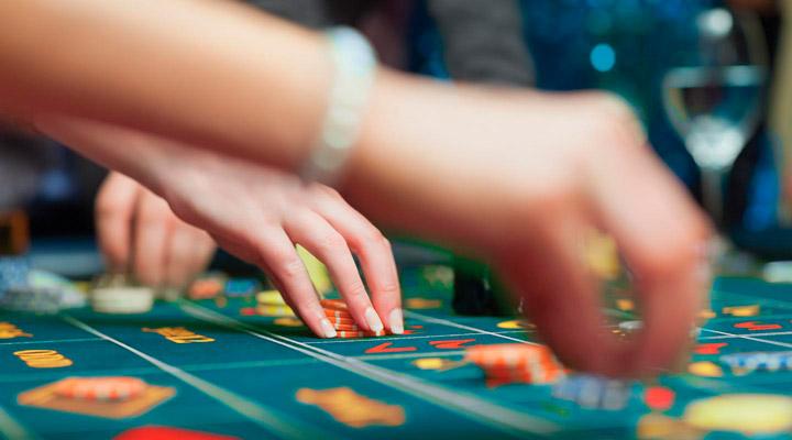 бесплатные игровые автоматы Casinooptinus