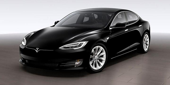 Электрокар Tesla Model S проехал больше 1000 км. на одном заряде батареи