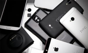 Объемы продаж смартфонов в РФ впервые стали выше, чем до кризиса