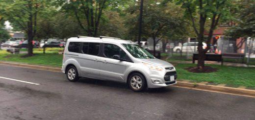 В «бестилотном» авто обнаружили водителя