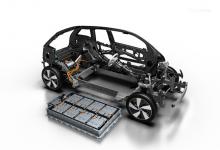 LG строит крупнейшую по производству батарей для электромобилей