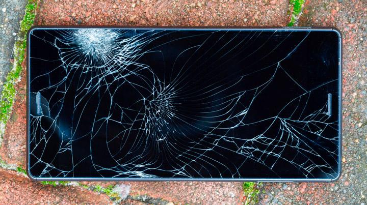 Ученые нашли способ создания небьющихся экранов для мобильных устройств