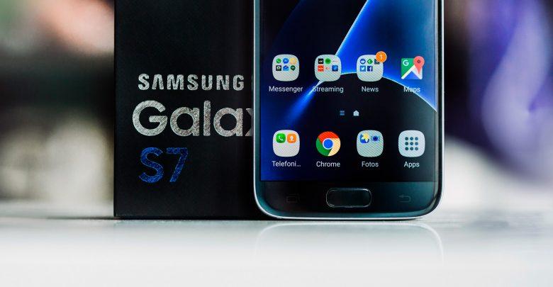 Российские цены на Samsung Galaxy S7 упали до минимума