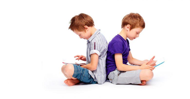 Смартфон ребенку — можно или нет?