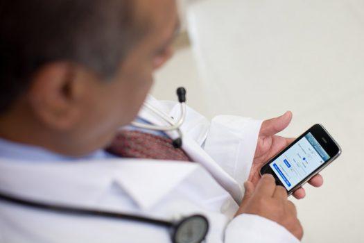 Новые модели iPhone получат возможности «доктора»