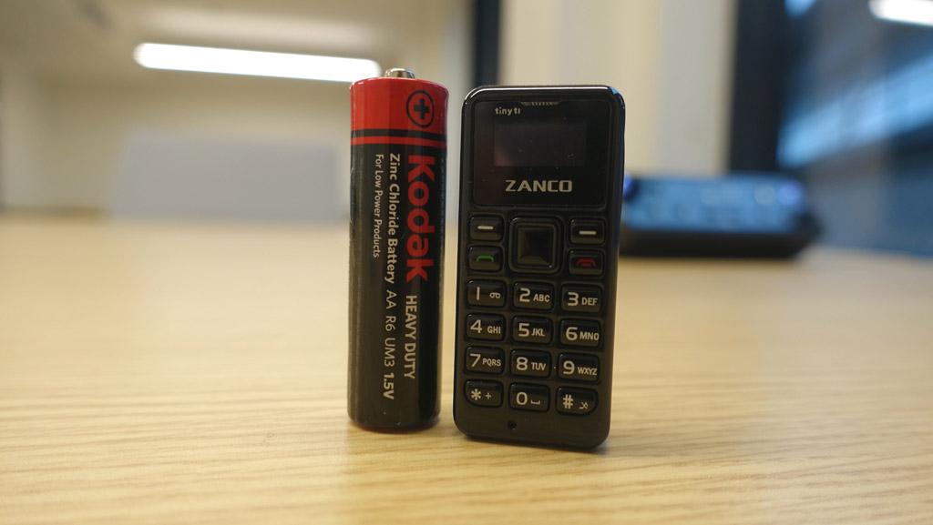 Самый небольшой вмире телефон Zanco Tiny T1 представлен общественности