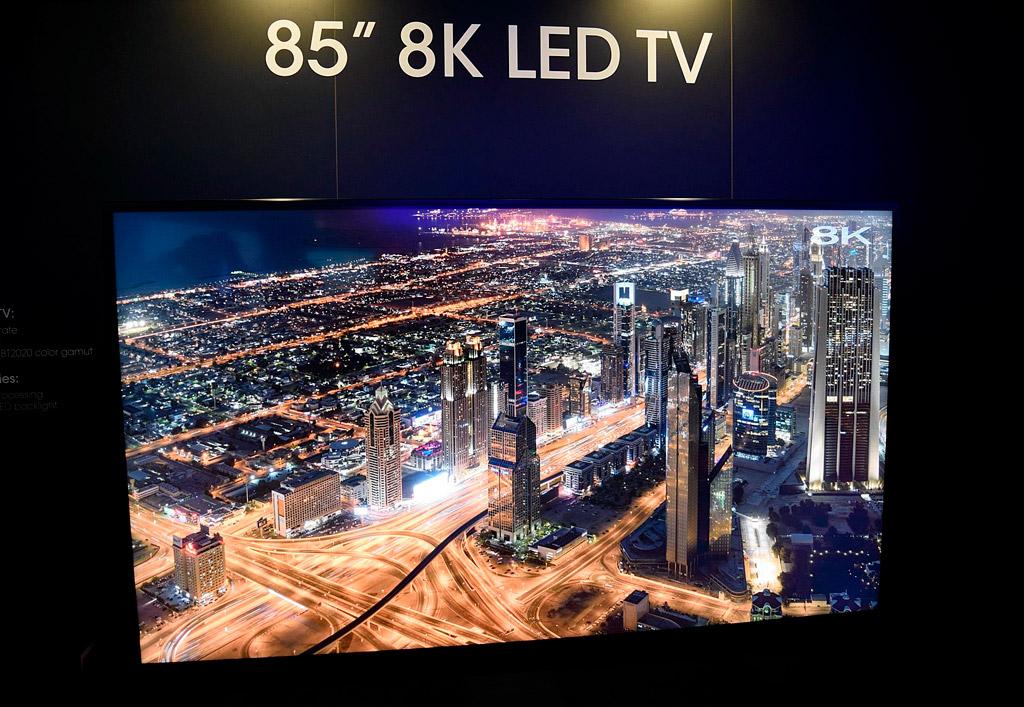 8K OLED-дисплей диагональю 88 дюймов представит компания LG на выставке CES 2018