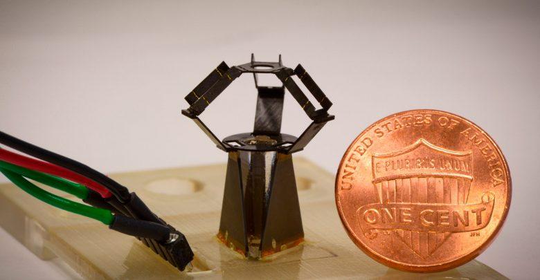 Дельта-робот milliDelta работает с рекордной частотой 75 Гц.