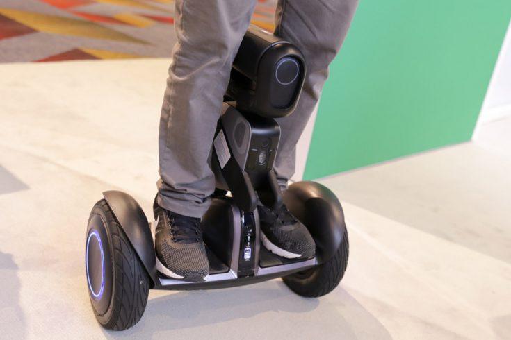 Loomo Robot от Segway на CES 2018