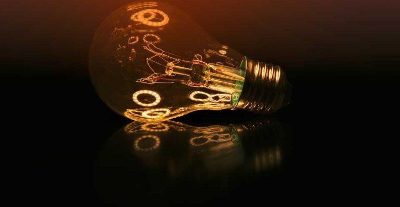 Электричество можно получать, сгибая пальцы!
