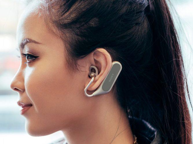 Sony представила инновационную гарнитуру Xperia Ear Duo