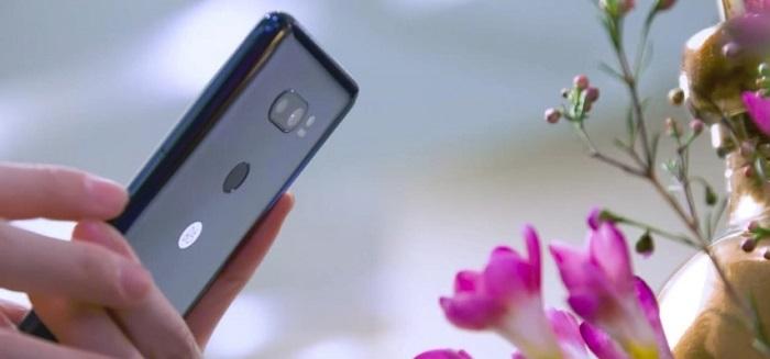 LG V30 — флагманский смартфон теперь с искусственным интеллектом