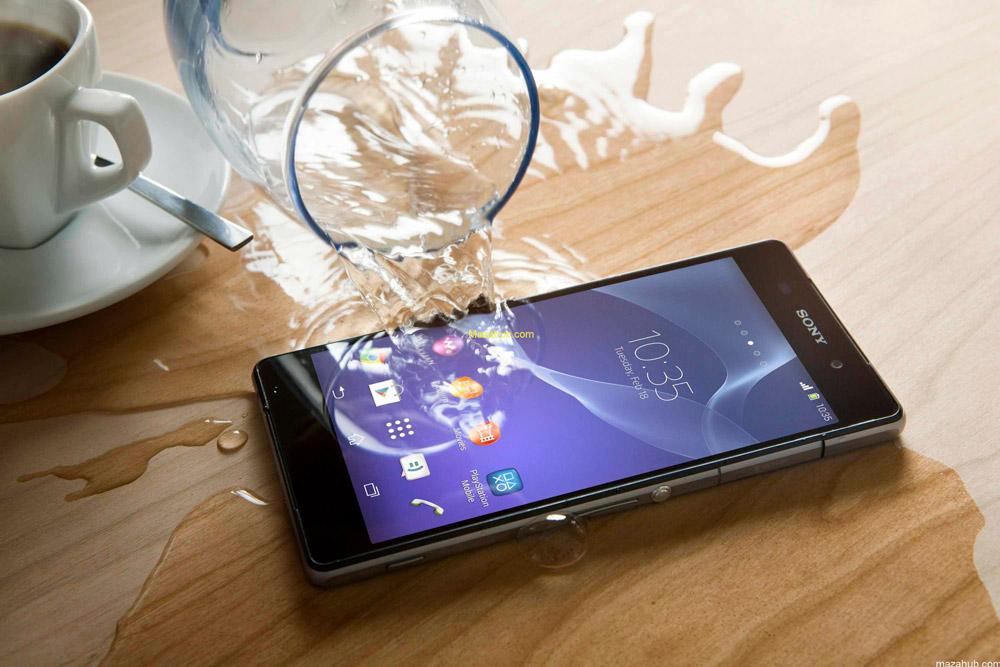 Роскачество назвало самые водостойкие мобильные телефоны