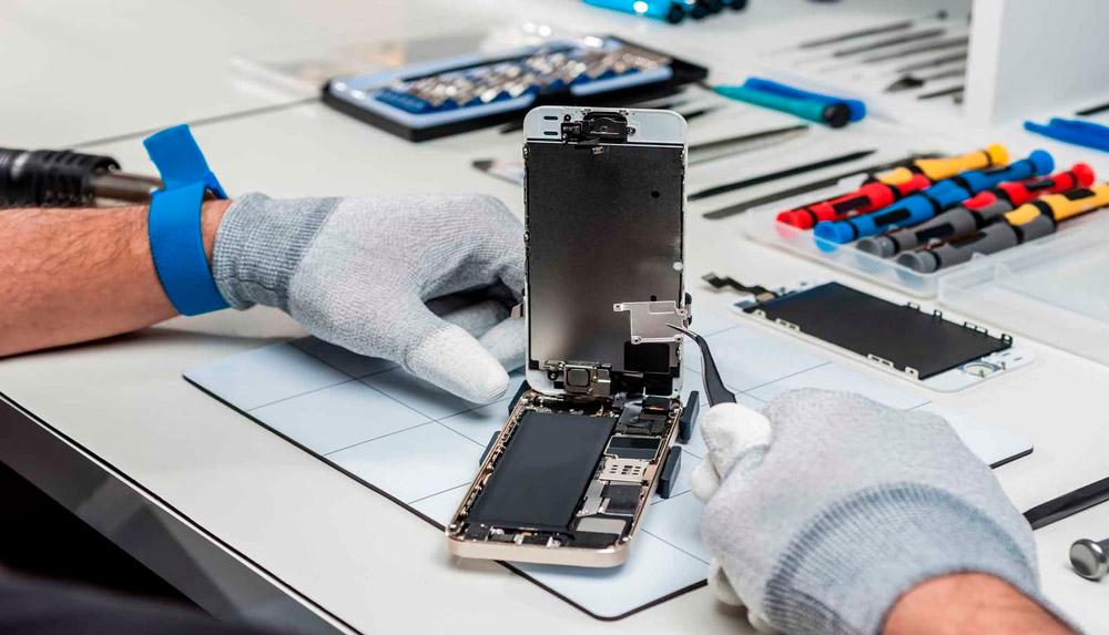 Самсунг утвердила дизайн Galaxy S10 сдисплейным сканером отпечатков пальцев