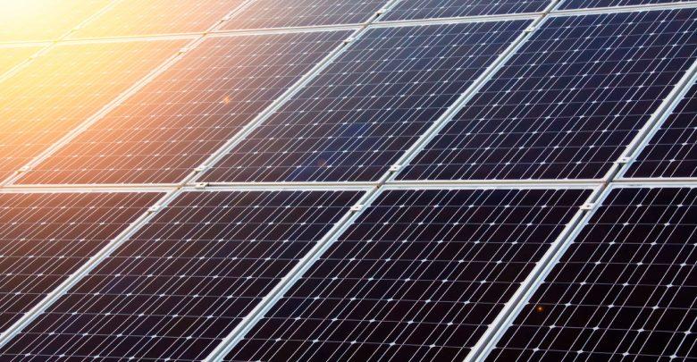 Японцы разработали уникальные солнечные панели для смарт-часов